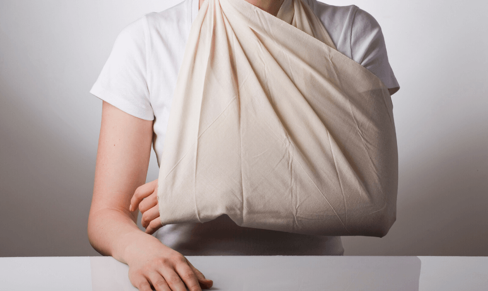 One of the most common shoulder injuries treatment is putting your injured shoulder in a sling.