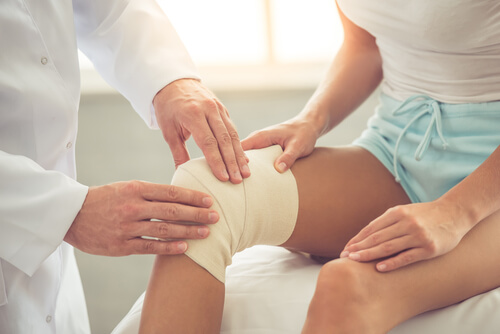 For unbearable pain, get runner's knee treatment from a professional.