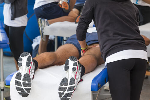 What Do Sports Physical Therapists Treat?